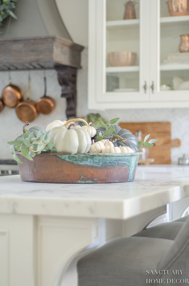 5 Reasons to Decorate With Fake Pumpkins