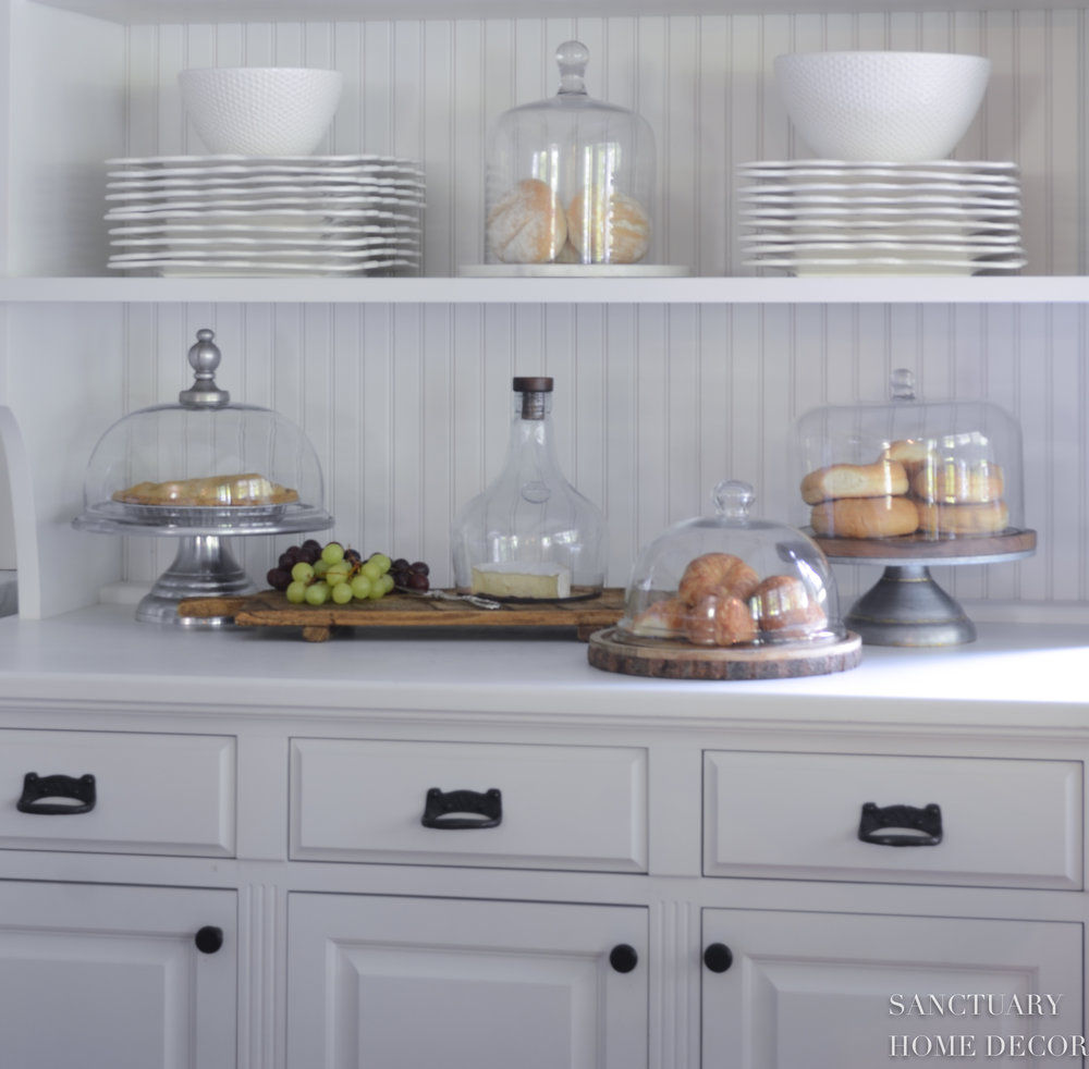 Kitchen Cabinets Without Hardware: 3 Kitchen Essentials I Can't Live Without