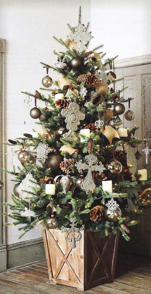 16 Inspiring Christmas Tree Decorating Ideas , Sanctuary