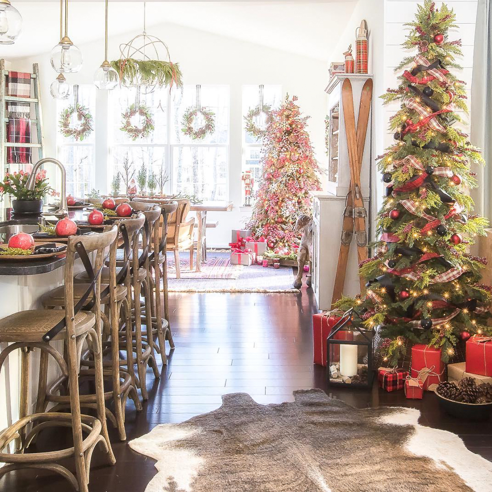 16 Inspiring Christmas Tree Decorating Ideas