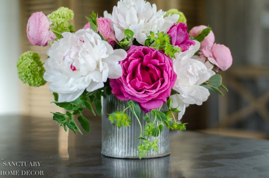 Make This Spring Flower Arrangement In 3 Easy Steps Sanctuary Home Decor