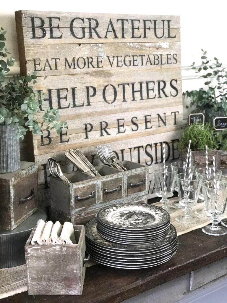 How to Create a Beautiful Dinner Party