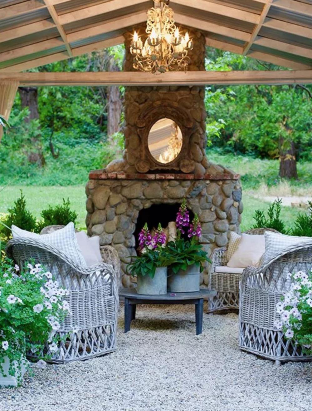 Inspiring Interior Designers-Courtney Allison