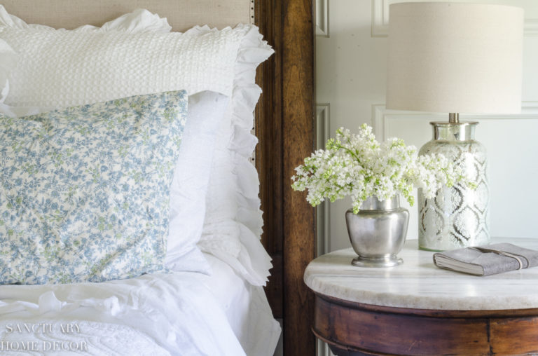 Before & After: Easy Bedroom Makeover