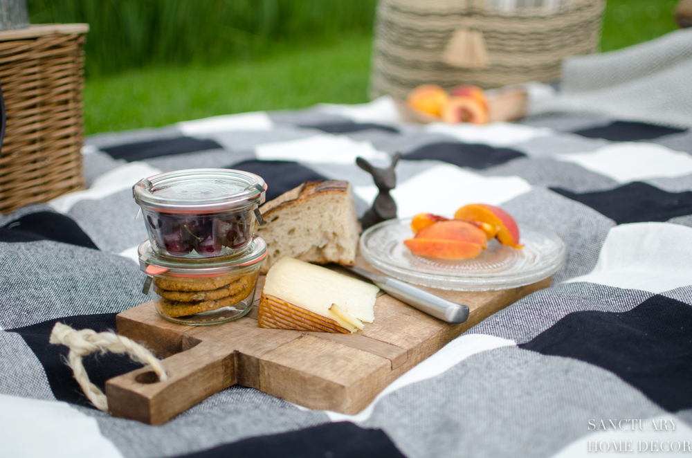 Ultimate Picnic Packing Guide