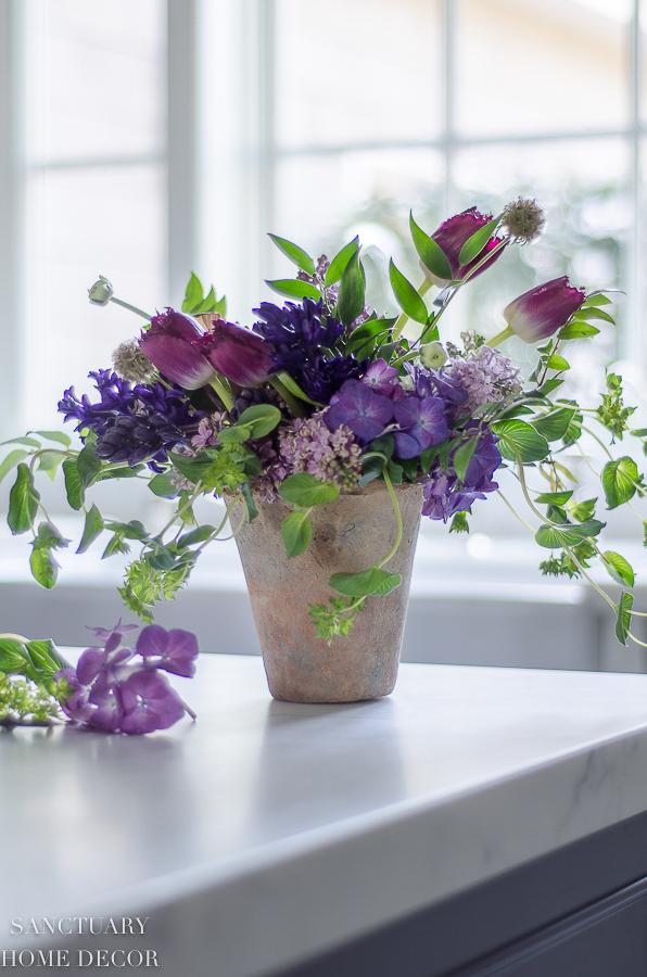 Sanctuary Home Decor & The 5 Best Flower Arranging Tips I\u0027ve Ever Gotten ...