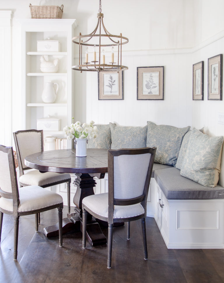How I Made My Breakfast Nook Super Cozy