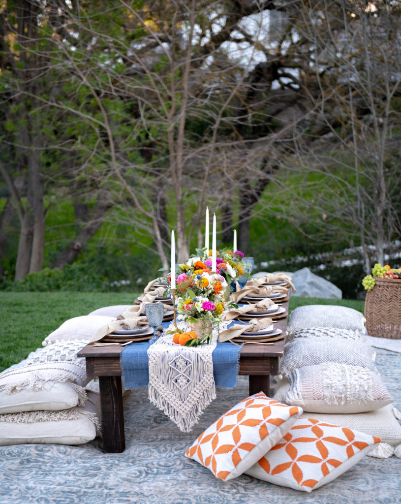 How To Plan A Bohemian Backyard Dinner Party - Sanctuary ...