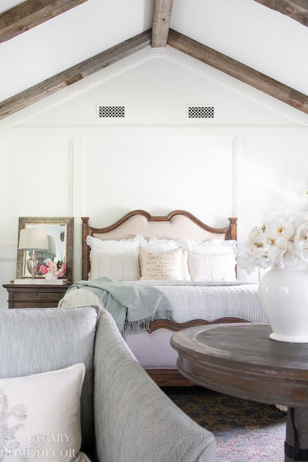 Summer bed linens-Target bedding-Summer home tour