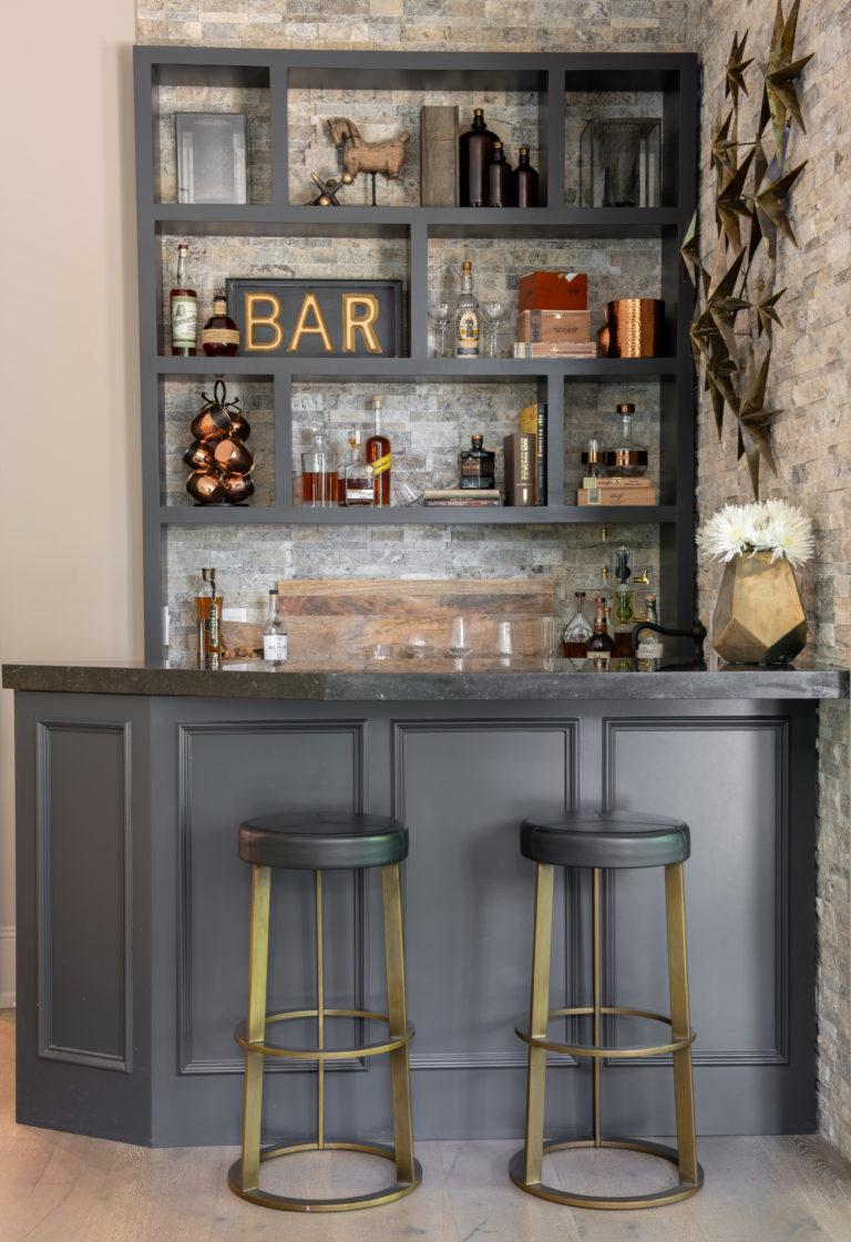 Entertaining 101- Essential  Glassware For A Home Bar