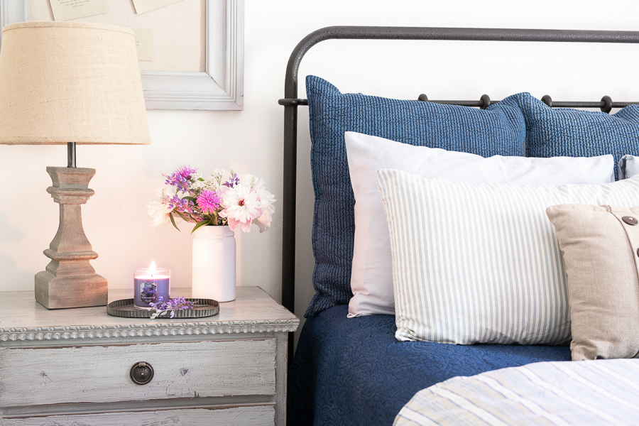 Scented candle ideas for a guest bedroom-Guest bedroom essentials