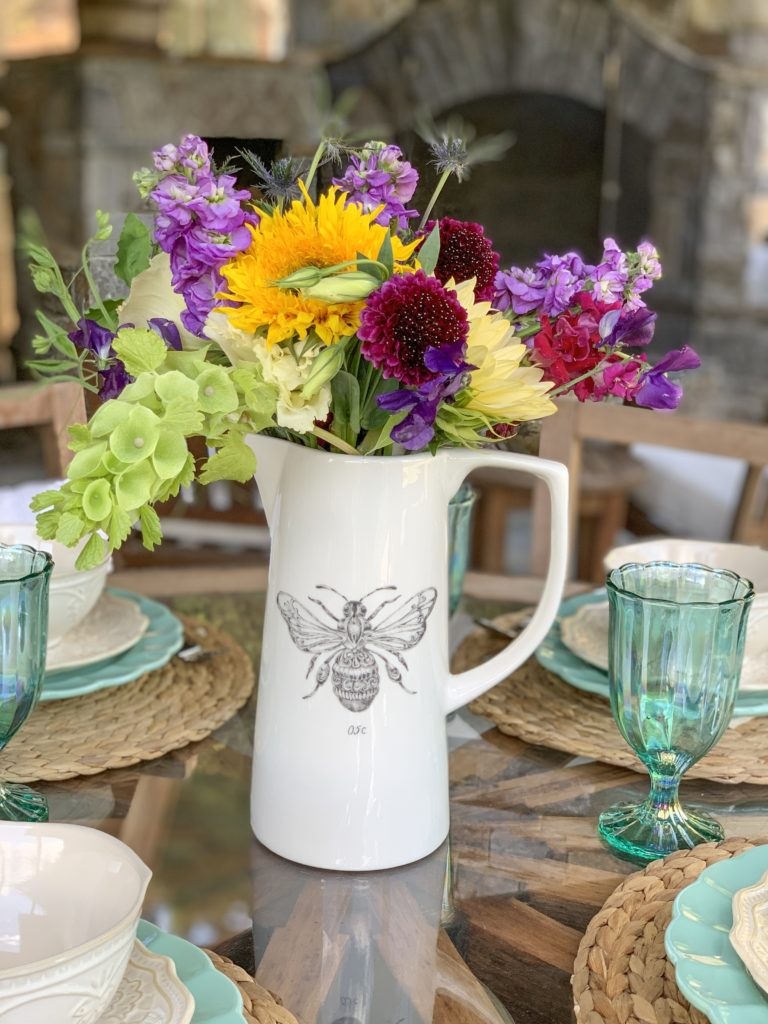 Bumble Bee Vase with Flowers