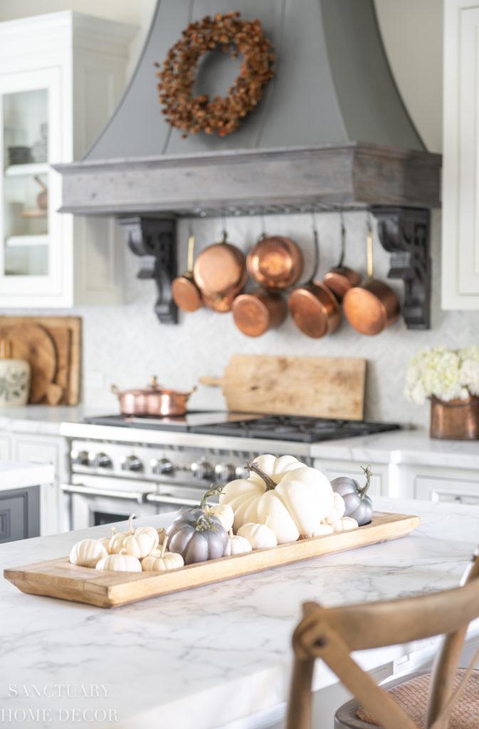 Farmhouse Kitchen Fall Decorating Ideas - Sanctuary Home Decor