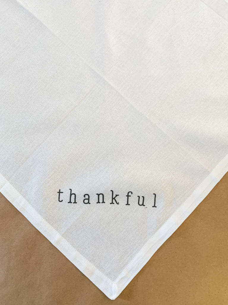 How to Stencil a Thanksgiving Napkin