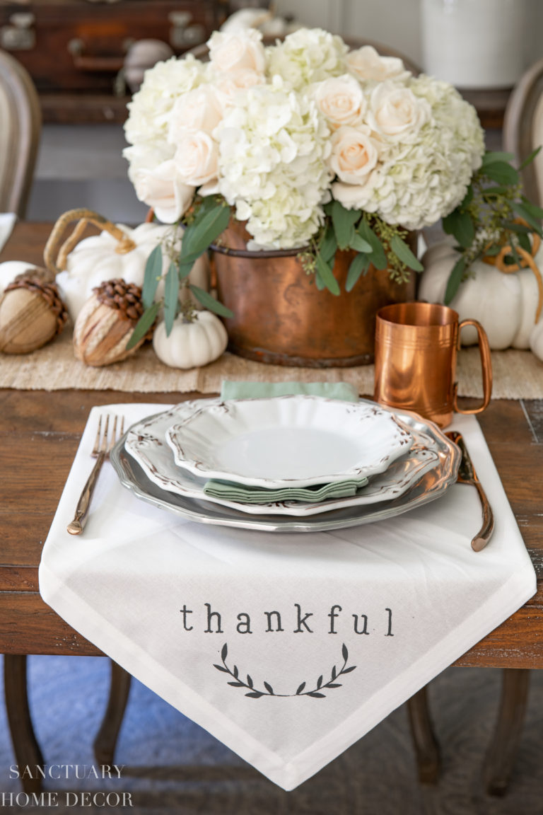 How To Stencil A Thanksgiving Napkin in 5 Minutes