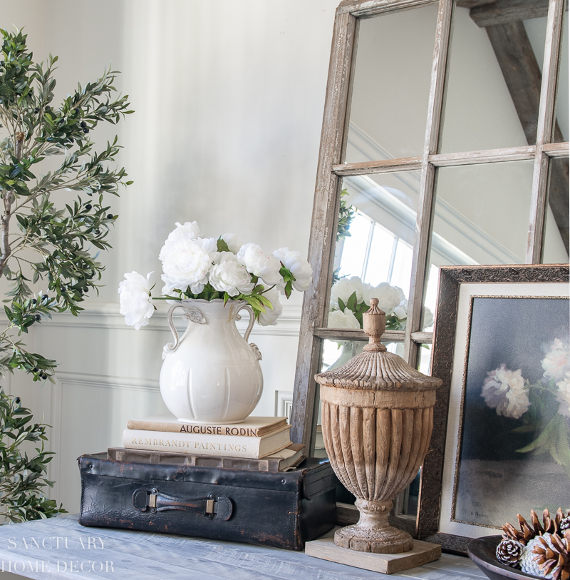 Winter Living Room Decorating: Living Room Decorating With Winter Whites