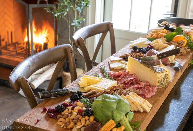 How To Make A Hearty Charcuterie Board