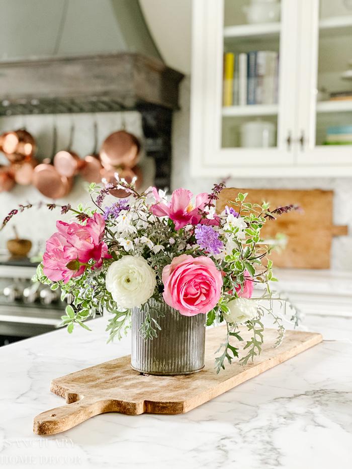 Simple DIY Garden Flower Arrangement