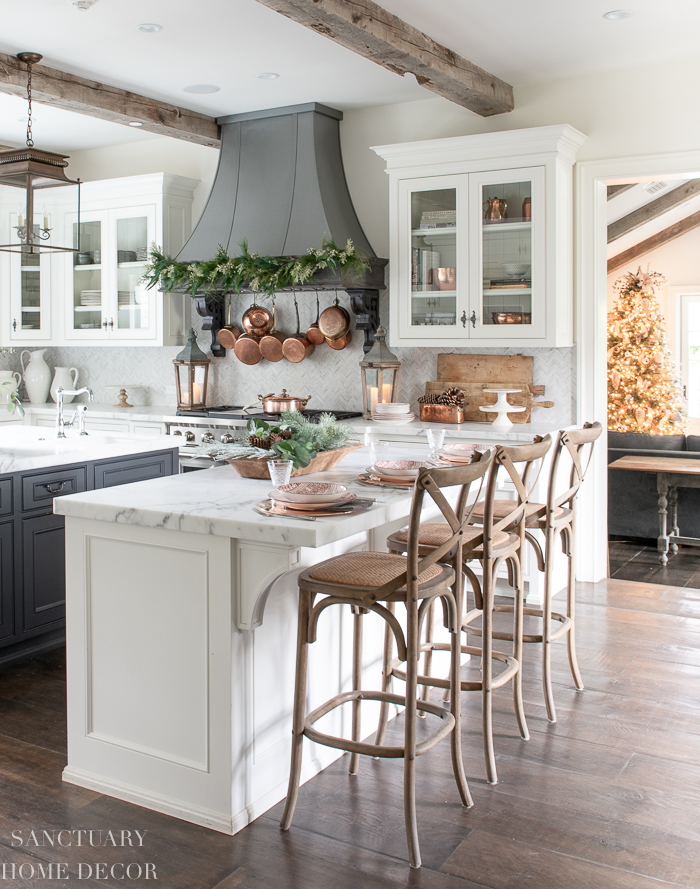 Easy Ways to Decorate a Kitchen For Christmas