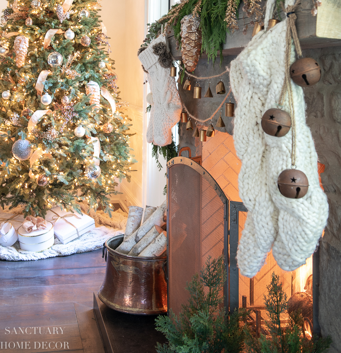 Rustic Copper and Gold Christmas Decorating