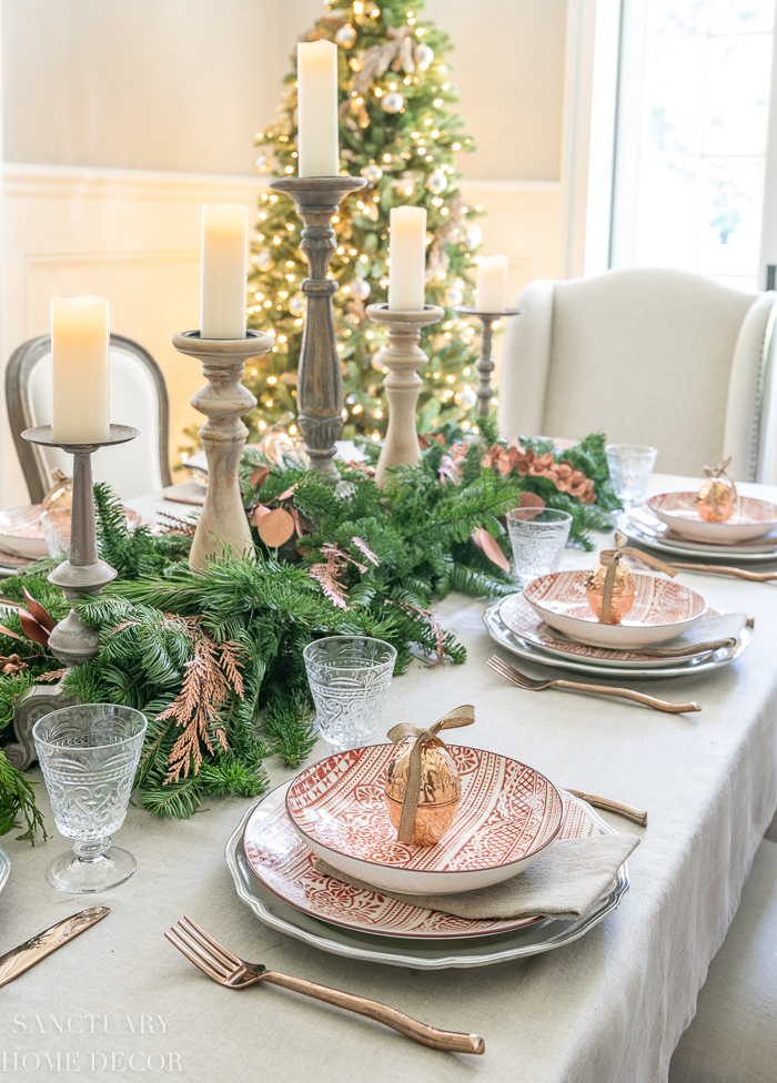 How to Set a Beautiful Casual Christmas Table