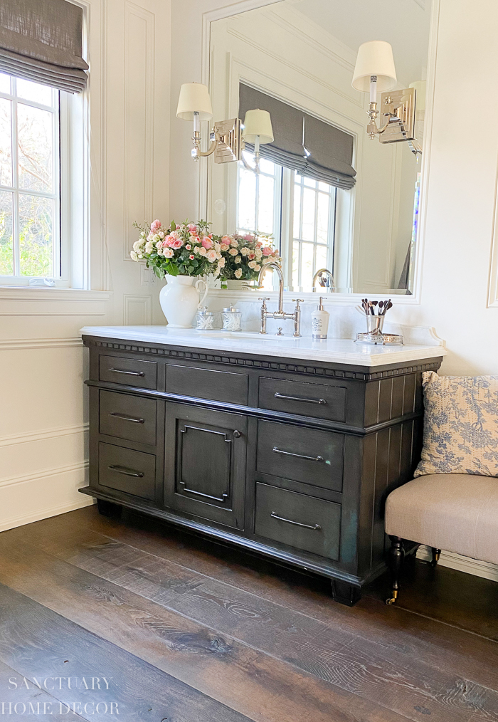How to Quickly Organize Bathroom Drawers